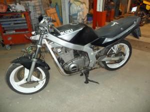 Suzuki GS500E W