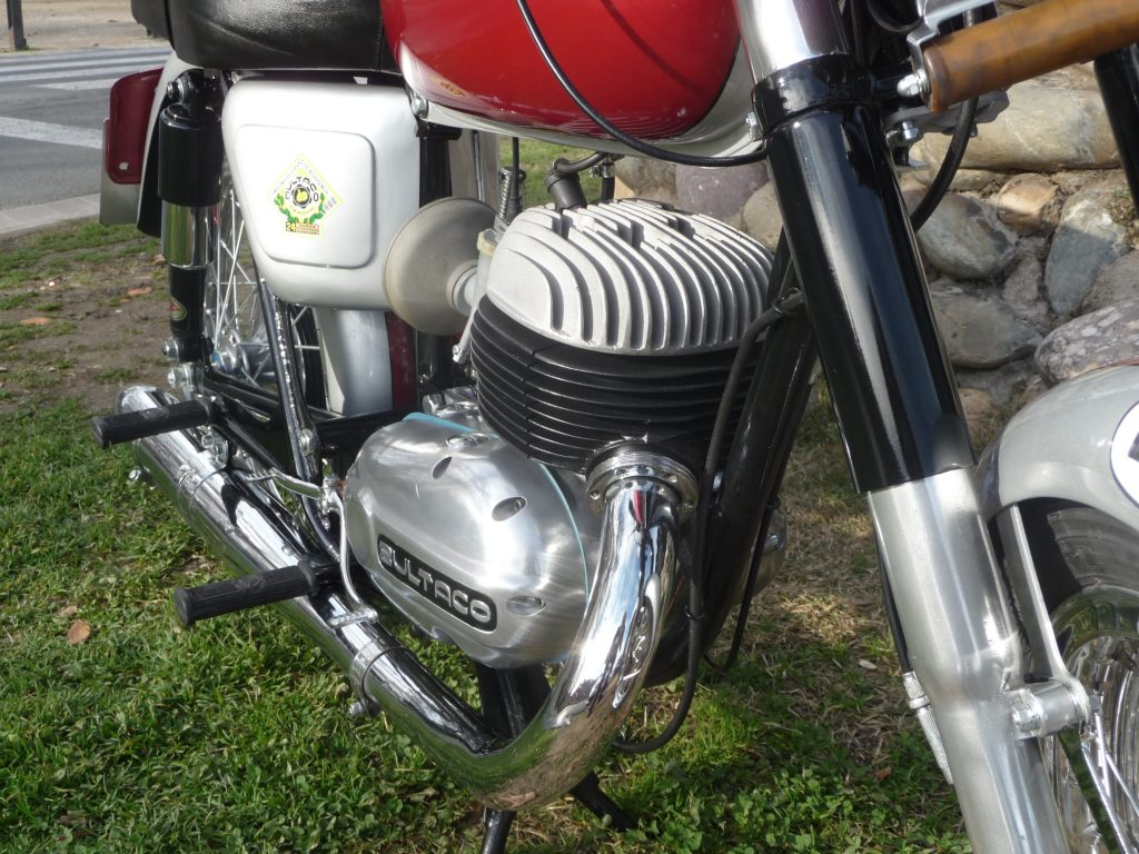 Bultaco Saturno 200
